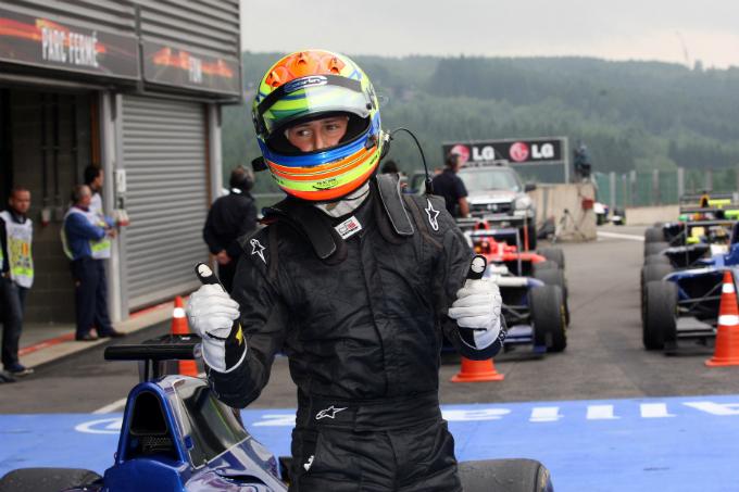 GP3 – La Carlin conferma Alexander Sims a Monza