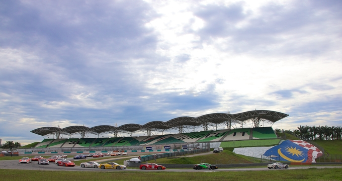 Ferrari Challenge – Quarta vittoria per Pasin Lathouras. Serie archiviata?