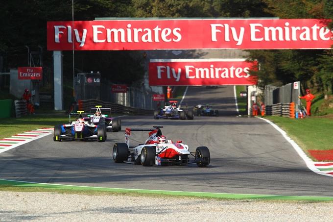 GP3 – A Monza dominano Daniil Kvyat e Jack Harvey