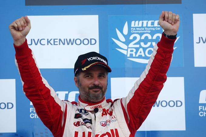 WTCC – Michelisz e Coronel comandano a Suzuka, ma Muller è campione