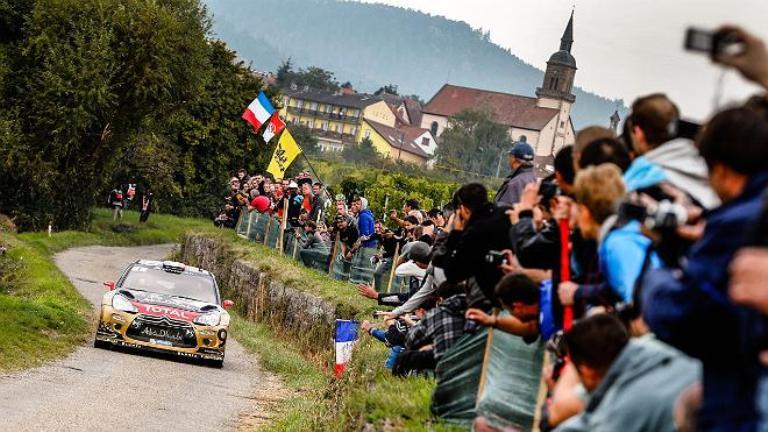 WRC – Loeb passa davanti in Francia
