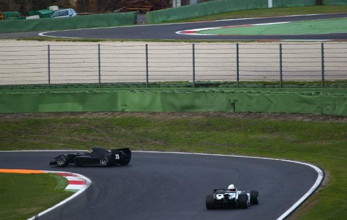 Auto GP – La stagione 2014 inizia da Vallelunga