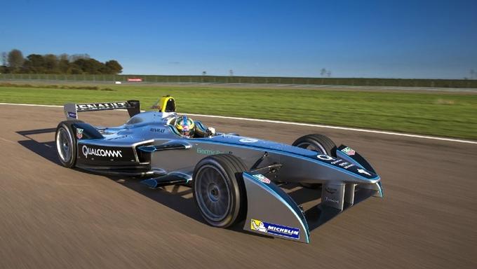 Formula E, Lucas di Grassi entusiasta della nuova Spark Renault SRT_01E