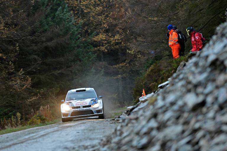 WRC – In Gran Bretagna Ogier leader dopo tre prove
