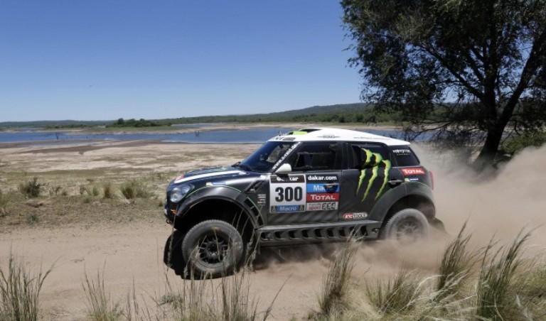 Dakar 2014 – Auto: A Salta Peterhansel beffa Al-Attiyah