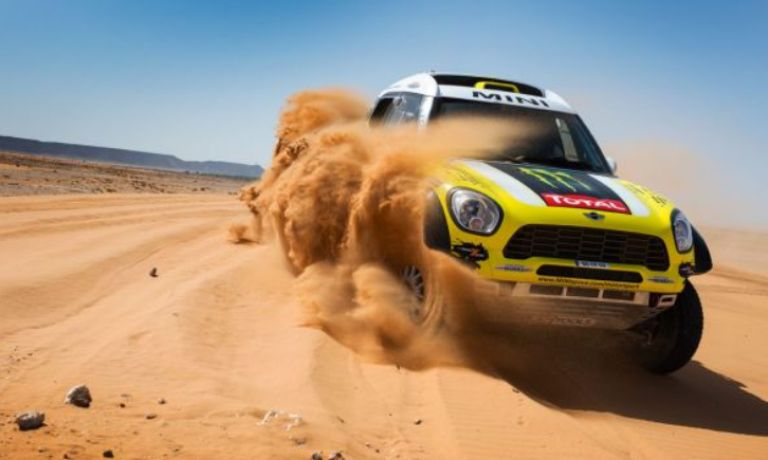 Dakar 2014 – Auto: Roma vince e diventa leader