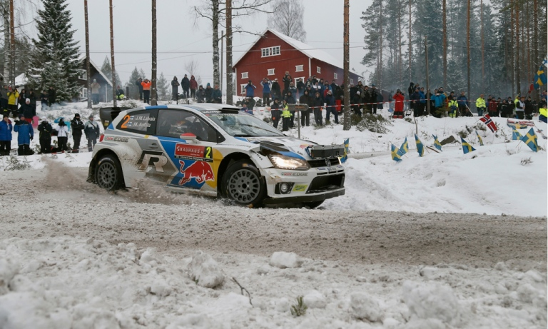 WRC – Latvala passa in testa