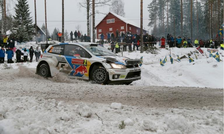 WRC – Latvala passa in testa