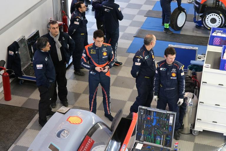 """WRC – Neuville: """"Normale avere problemi in questa fase"""""""
