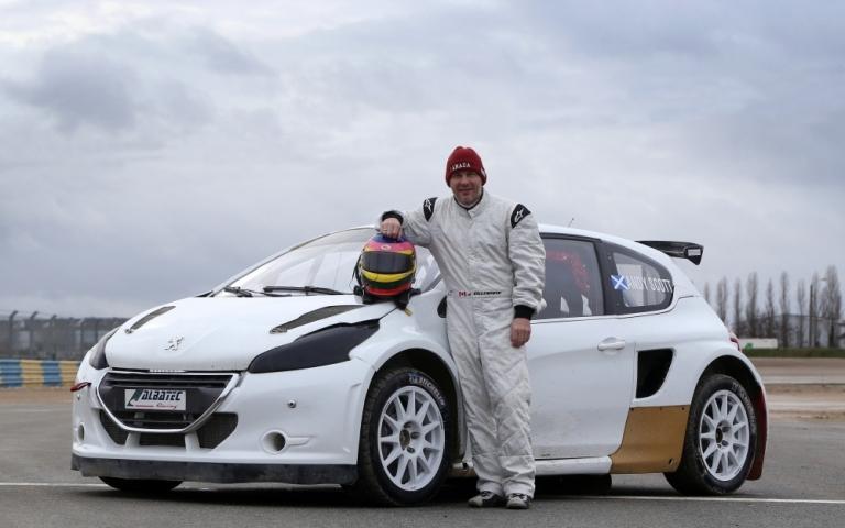 Rally Cross – Ottimo il primo test di Villeneuve su Peugeot 208