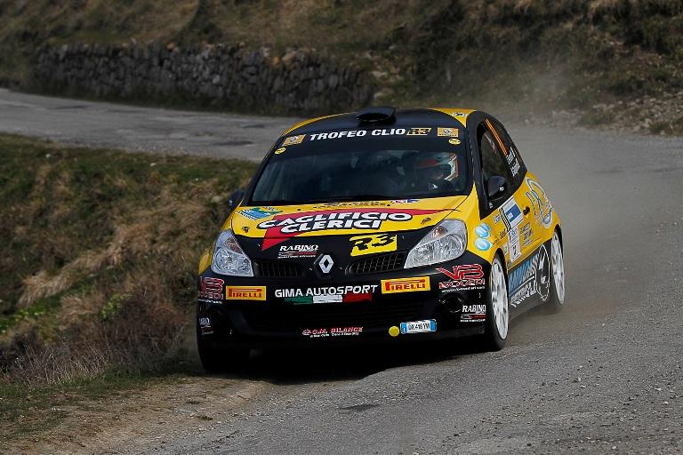CIR –  Ferrarotti trionfa nel Trofeo Renault Clio R3 in Toscana