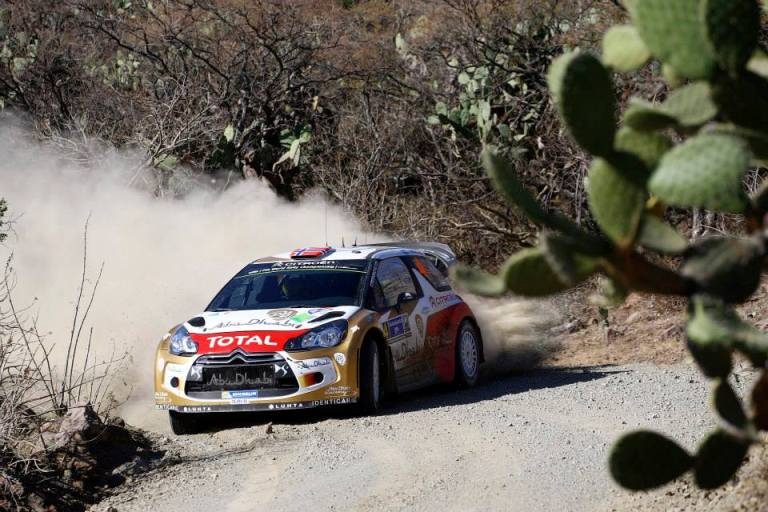 WRC – Ostberg passa in testa