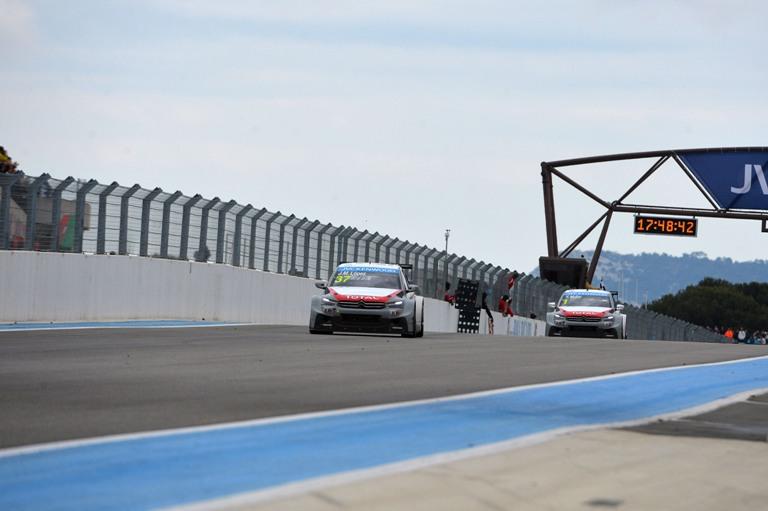 WTCC – La Citroën celebra il successo di Le Castellet
