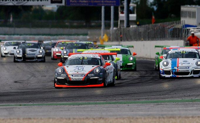 Porsche Carrera Cup Italia 2014: Postiglione vince Gara 1 di Misano davanti agli Under 26, Liberati e Cairoli