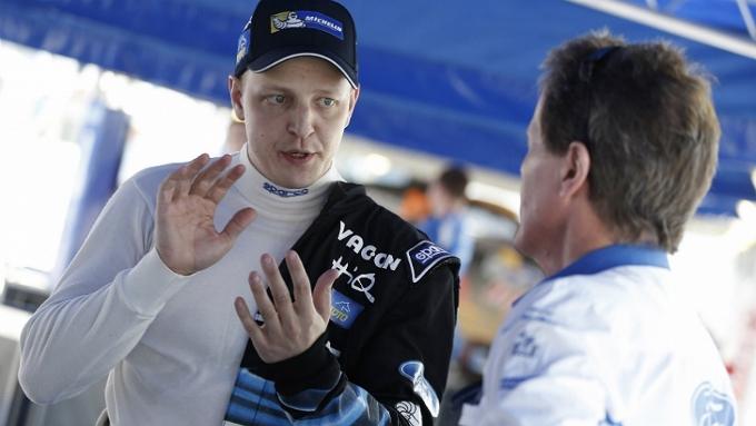 WRC – Hirvonen guida il gruppo in Sardegna