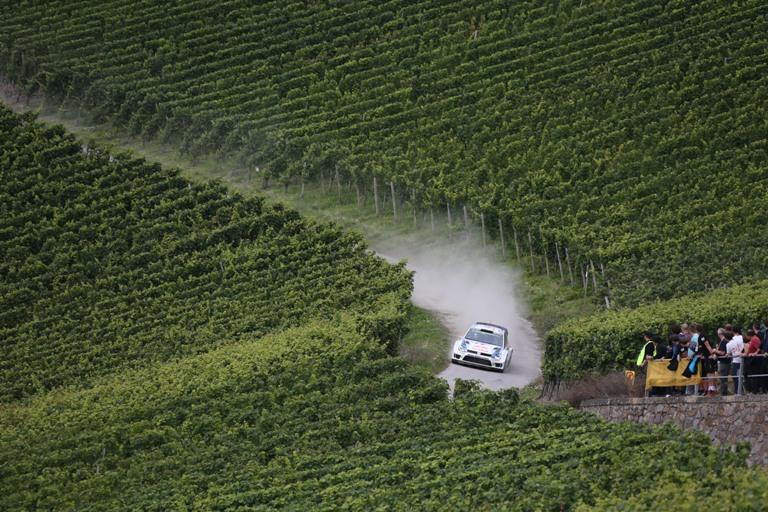 WRC – Latvala si mantiene al comando