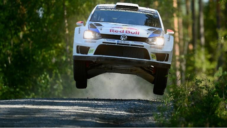 WRC – Latvala leader per un soffio in Finlandia