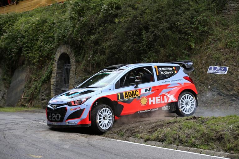 WRC – Neuville e la Hyundai passano in testa