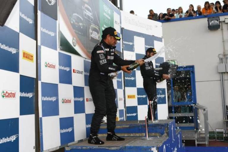 MINI Challenge – Tramontozzi vince a Vallelunga