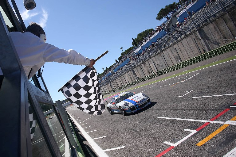 Carrera Cup Italia – Nel weekend penultimo round a Imola