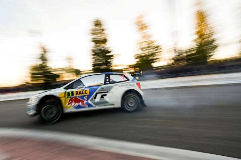 WRC – Ogier leader senza rivali