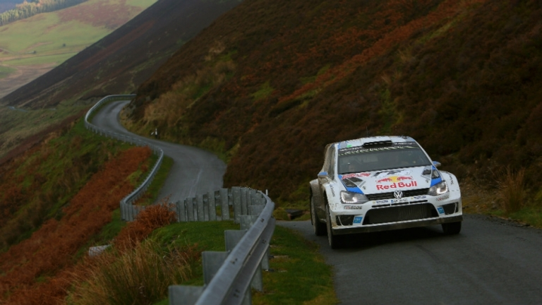 WRC – Ogier controlla e Hirvonen morde