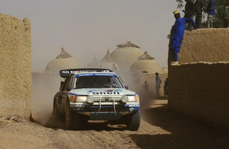 Dakar 1988 – Peugeot ancora vincente con la 205 T16