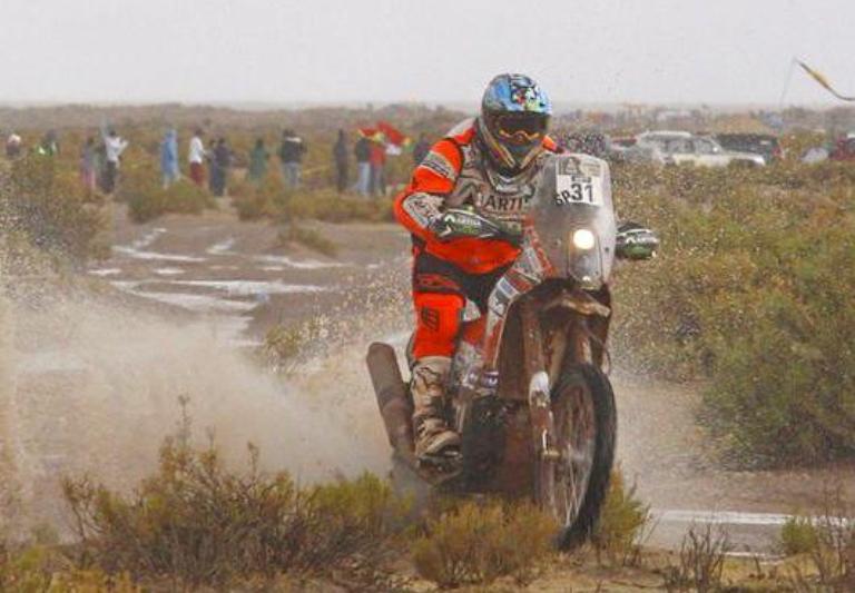 Dakar 2015 – Quintanilla vince a Iquique. Barreda Bort sprofonda
