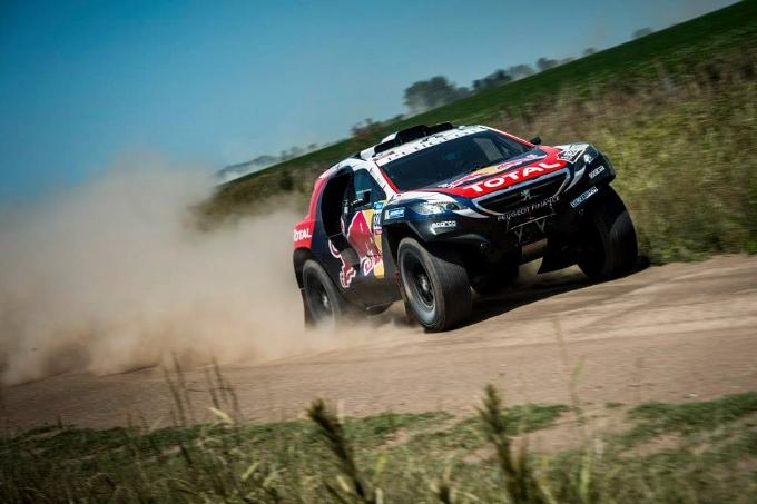Speciale Dakar 2015: Inizio discreto per Peugeot