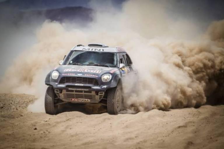 Dakar 2015 – Mini sempre più imprendibile