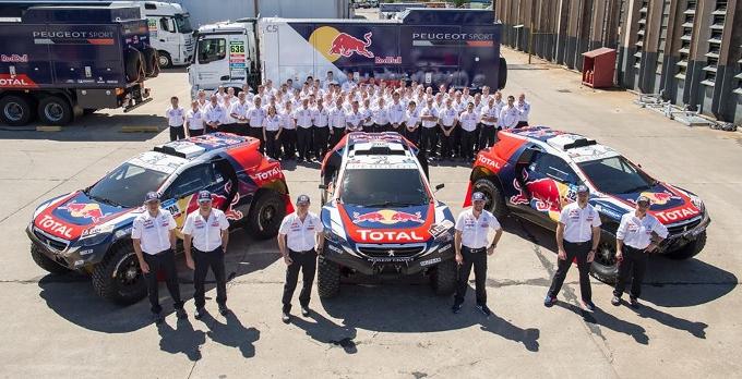 Speciale Dakar 2015: E' già Peugeot-mania