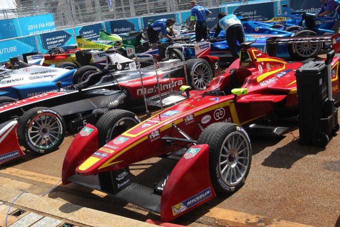 Formula E – Ben otto costruttori per la seconda stagione
