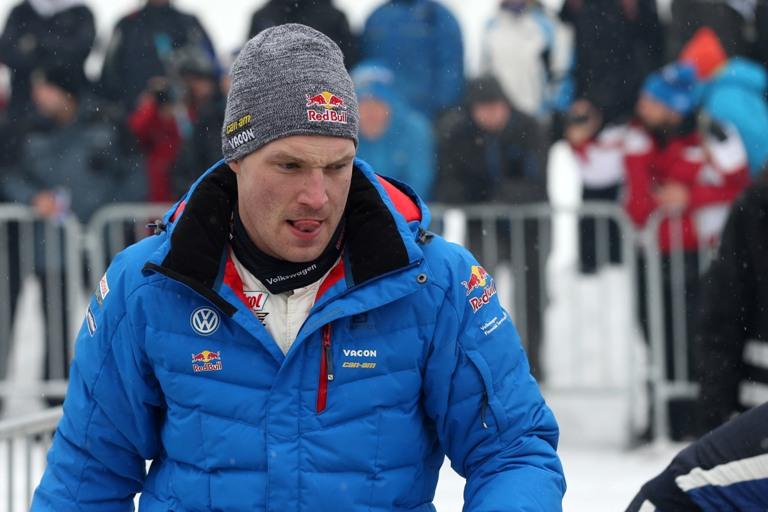 WRC – Latvala taglia il traguardo in Svezia ma poi sceglie di ritirarsi