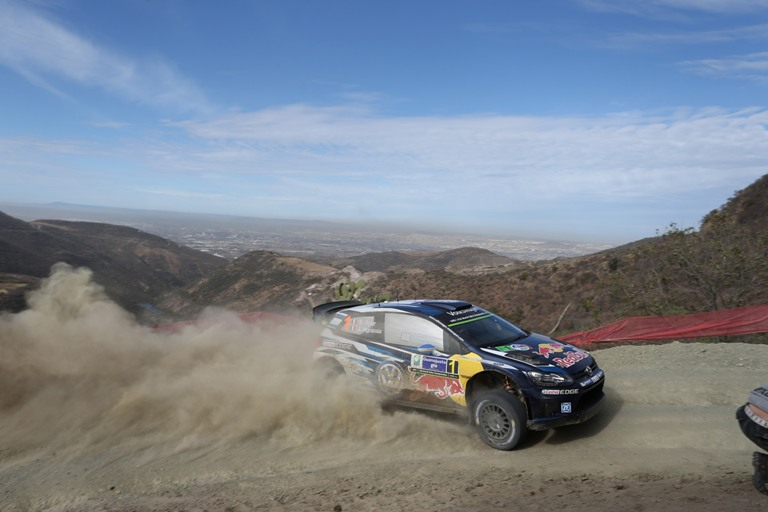 WRC – Ogier controlla in Messico