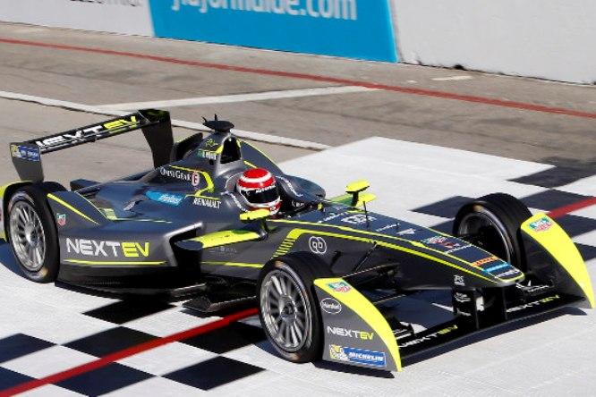 Formula E – Nelsinho Piquet trionfa a Long Beach
