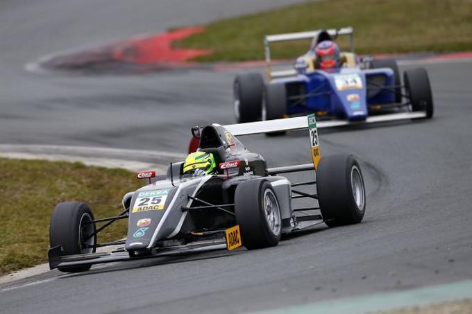 Formula 4 – Partenza da Oschersleben della serie tedesca