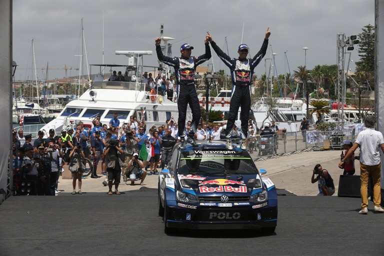 WRC – In Sardegna re Ogier fa bottino pieno