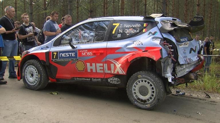 """WRC – Neuville: """"Troppo veloce in curva e con una marcia sbagliata"""""""
