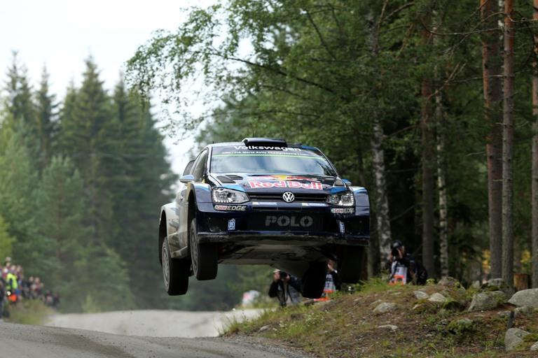 WRC – Ogier in testa in Finlandia dopo la ps 1
