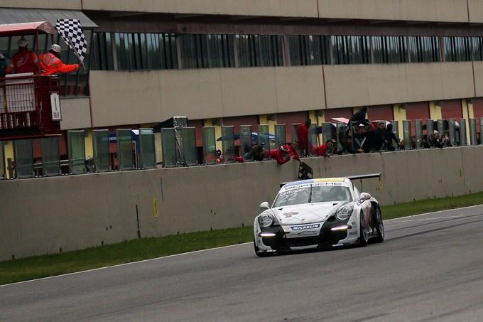 Carrera Cup Italia – Al Mugello Agostini conquista il titolo