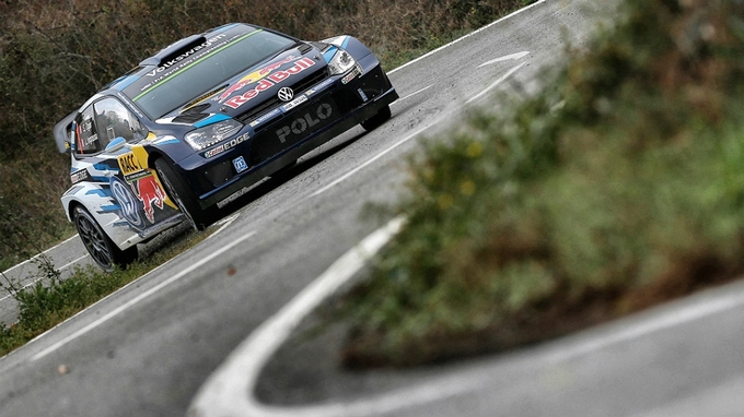 WRC – Ogier imprendibile. Volkswagen senza rivali