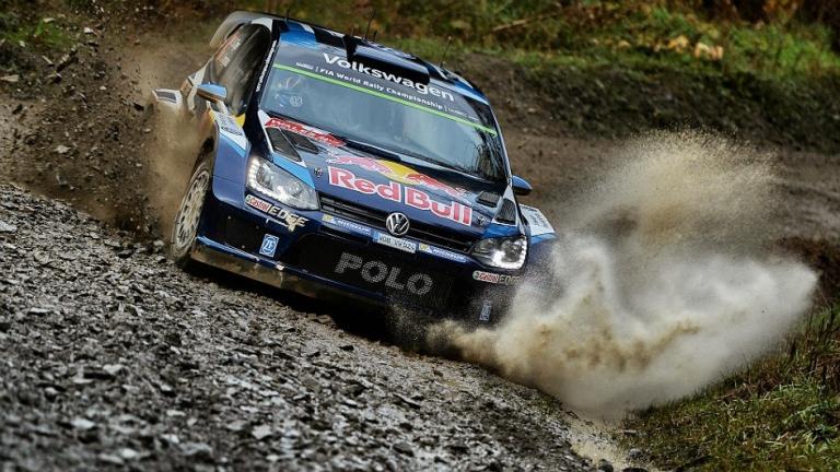 WRC – Ogier domina le prime tre speciali in Galles