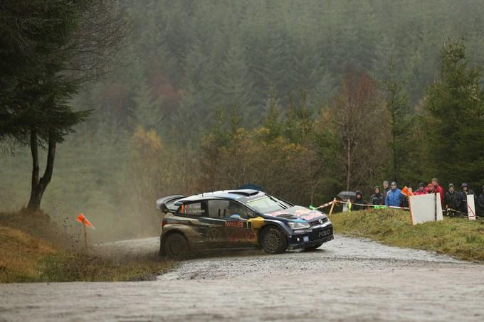 WRC – Ogier sempre solitario al vertice del Rally del Galles