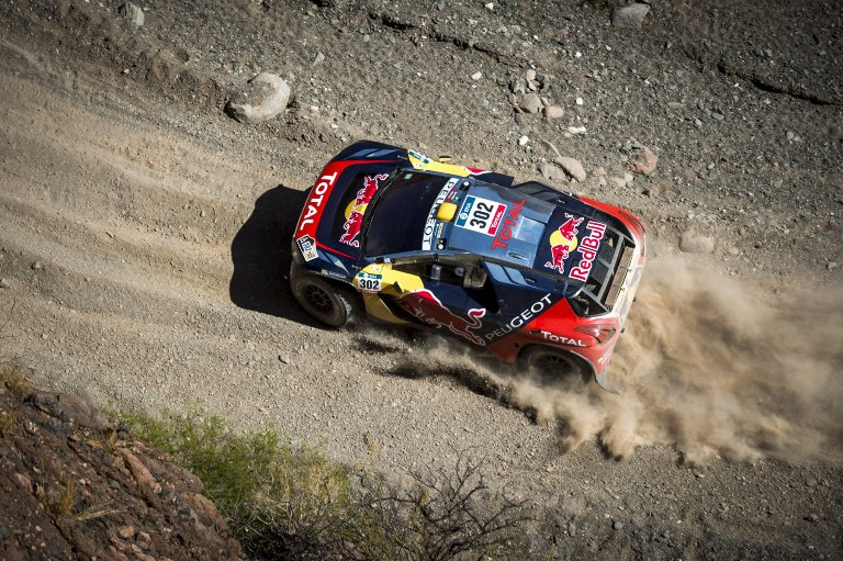 Dakar 2016 – Peterhansel di nuovo al comando, Loeb in ritardo