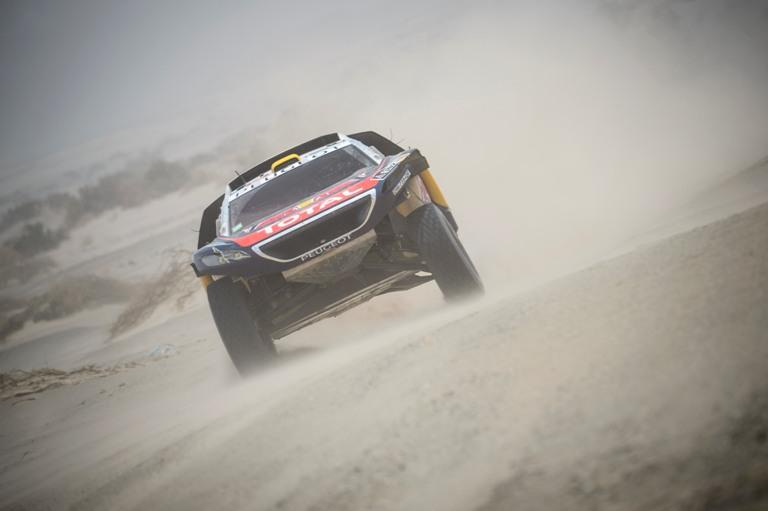 Dakar 2016 – Peterhansel sempre in testa alla generale auto