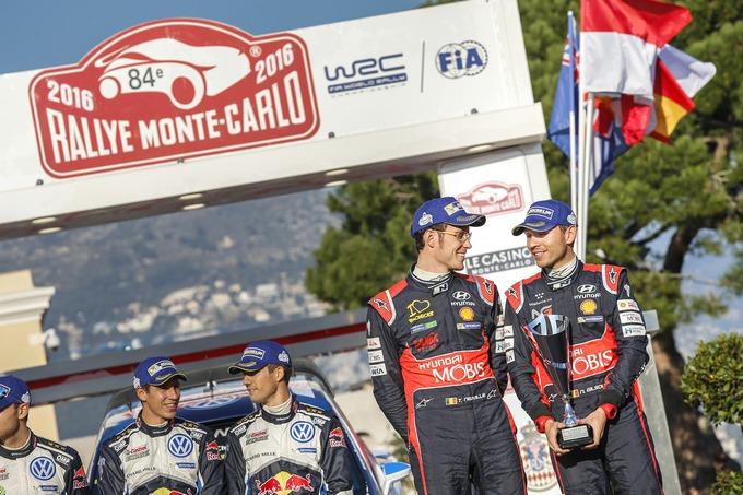 """WRC – Neuville: """"Finale snervante. Felice di aver mantenuto il podio"""""""
