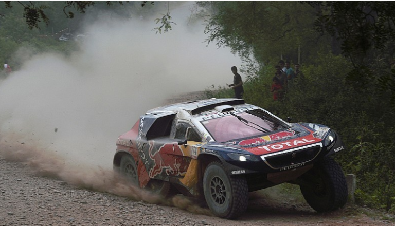 Dakar 2016 – Loeb primo anche nella quinta giornata