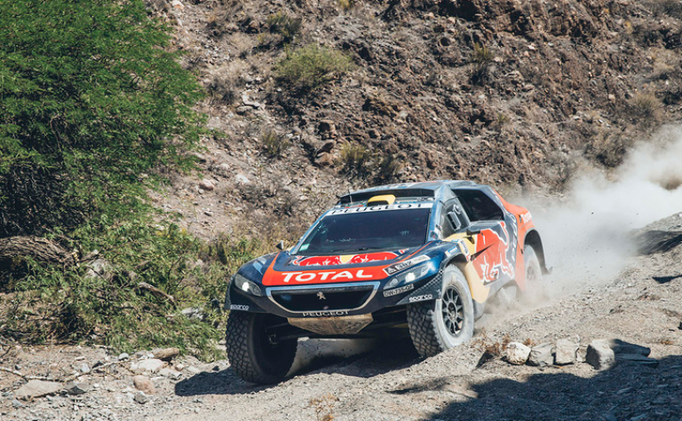 Dakar 2016 – Tappa 10 a Peterhansel. Guai per Sainz