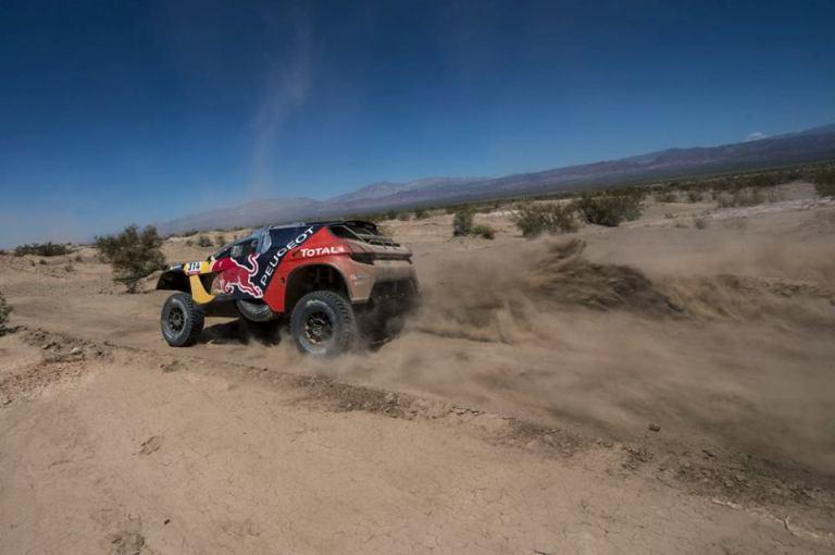 Dakar 2016 – Peugeot 2008 DKR, la magia del Numero #300