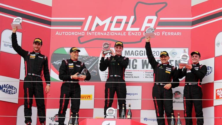 Cayman GT4 Trophy Italia – Doppietta di Riccardo Pera nelle due gare di Imola
